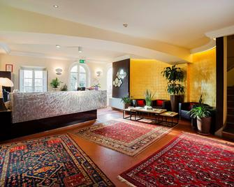 Hotel Hambros Il Parco - Capannori - Лоббі