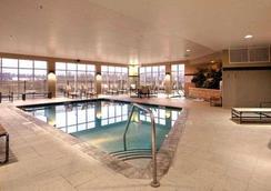 Cambria Hotel Columbus Polaris - Columbus - Uima-allas