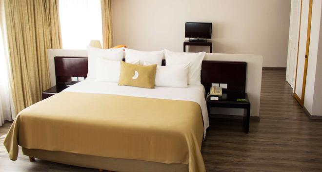 Best Western Plus Gran Hotel Morelia - Morelia - Bedroom