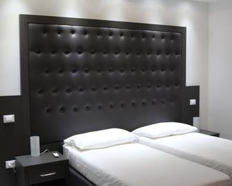 Om Palace - Tuscania - Schlafzimmer