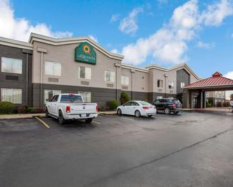 La Quinta Inn by Wyndham Decatur - Decatur - Gebäude