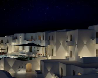 Absolute Mykonos Suites & More - Mykonos - Building