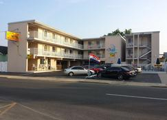 Bay Breeze Motel - Seaside Heights - Rakennus