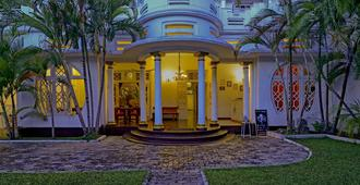 Deco On 44 - Galle - Rakennus