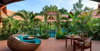 Angkor Village Resort & Spa - Siem Reap - Pátio