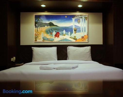 Karon Cafe Inn - Karon - Phòng ngủ