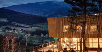 Tarcin Forest Resort & Spa Sarajevo - MGallery - Sarajevo - Edificio