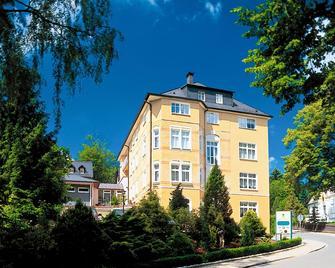Parkhotel Helene - Bad Elster - Building