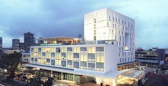 Morrissey Hotel Residences - Джакарта - Здание