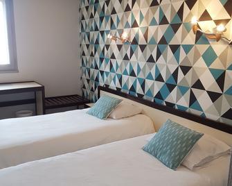 Hotel Nestor - Bourg-lès-Valence - Slaapkamer