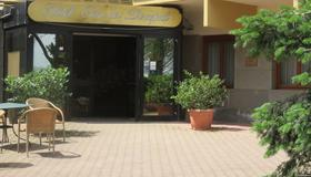 Hotel Oasi dei Discepoli - Orvieto - Building