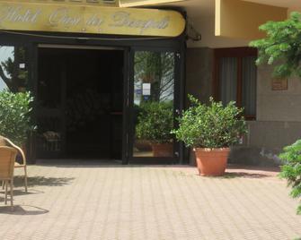 Hotel Oasi dei Discepoli - Orvieto - Gebouw