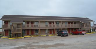Granbury Inn & Suites - Granbury - Edificio