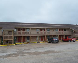 Granbury Inn & Suites - Granbury - Gebouw