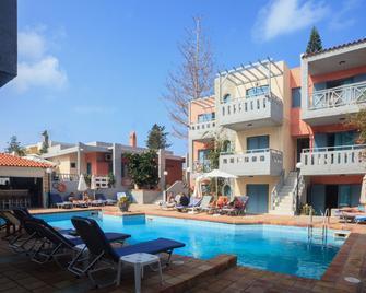 Marilisa Hotel - Kokkini Hani - Pool