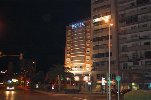 Hotel Marina Victoria - Algeciras - Building