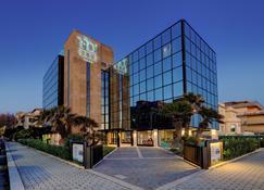 フライ デコ ホテル - リド・ディ・オスティア - 建物