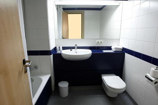 拓雷拉古娜旅遊賓館 - 馬德里 - 馬德里 - 浴室