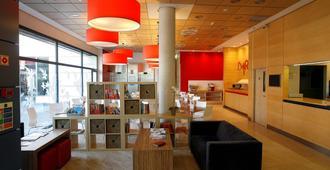 Travelodge Torrelaguna - Madrid - Lobby