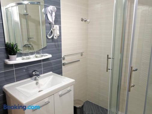 Guesthouse Franjkovic - Drežnik Grad - Bathroom