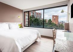 Mika Suites - Bogotá - Bedroom