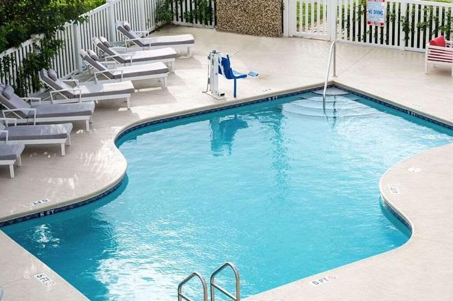 Royal Inn Beach Hutchinson Island - Fort Pierce - Pool