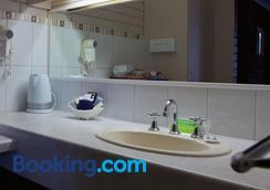帕德韋耶汽車旅館 - 伊楚卡 - 伊丘卡 - 浴室
