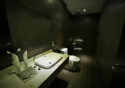 1825 Gallery Hotel - Malacca - Μπάνιο