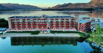 Holiday Inn Hotel & Suites Osoyoos, An Ihg Hotel - Osoyoos - Edificio