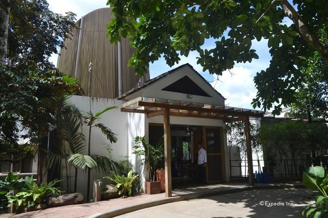 Spin Designer Hostel - El Nido - Toà nhà