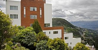 斯圖貝爾套房酒店暨咖啡廳 - 基多 - 基多