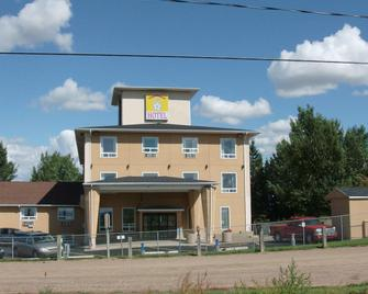 Lone Star Hotel - North Battleford - Edificio