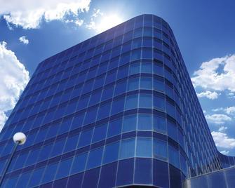 Fantasyland Hotel - Едмонтон - Building