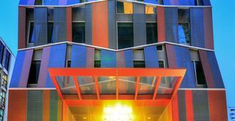 Citrus Sukhumvit 13 By Compass Hospitality - Bangkok - Gebäude