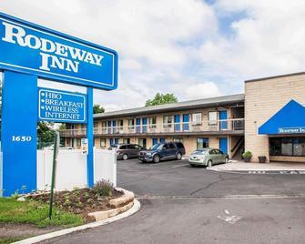 Rodeway Inn Rahway Hwy 1 - Rahway - Building
