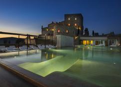 Castello di Velona Resort - The Leading Hotels of the World - Montalcino - Pool