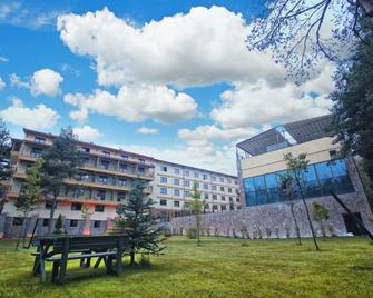 Bolu Koru Hotels Spa & Convention - Bolu - Building