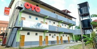 Riverside Greenery Inn - Kota Bharu