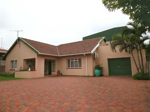 Jothams Guest House - Durban - Building