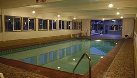 埃爾卡斯特爾汽車旅館 - 蒙特利 - 蒙特里杰克 - 游泳池