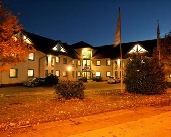 Montana Trend Hotel Lehrte - Lehrte - Edificio