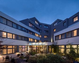 Best Western Hotel Ambassador - Baunatal - Gebäude