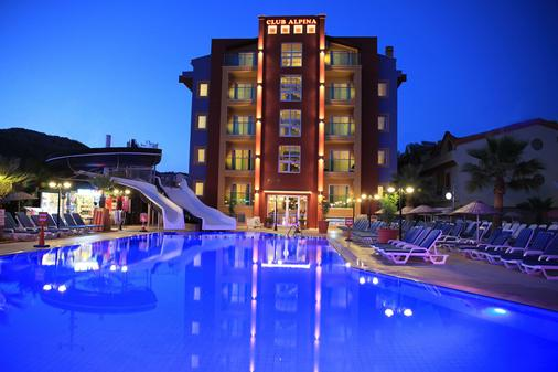 Club Alpina Apartments - Marmaris - Pool