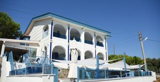 Deniz Evi Otel - Çeşme