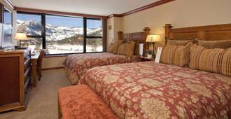 Resort at Squaw Creek Penthouse 810 - Olympic Valley - Habitación