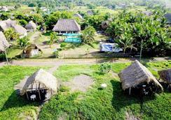 Hostal Mi Casa en la Playa - El Paredón Buena Vista - Outdoors view