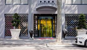 Hotel Charlemagne - Lyon - Edificio