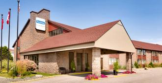 Travelodge by Wyndham North Bay - North Bay