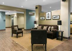 Sleep Inn & Suites Fort Dodge - Fort Dodge - Lobby