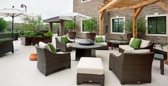 Staybridge Suites San Antonio - Stone Oak - סן אנטוניו - פטיו